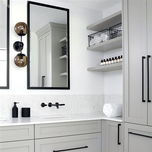 Зеркало с фацетом в алюминиевой раме Black Art. 5001